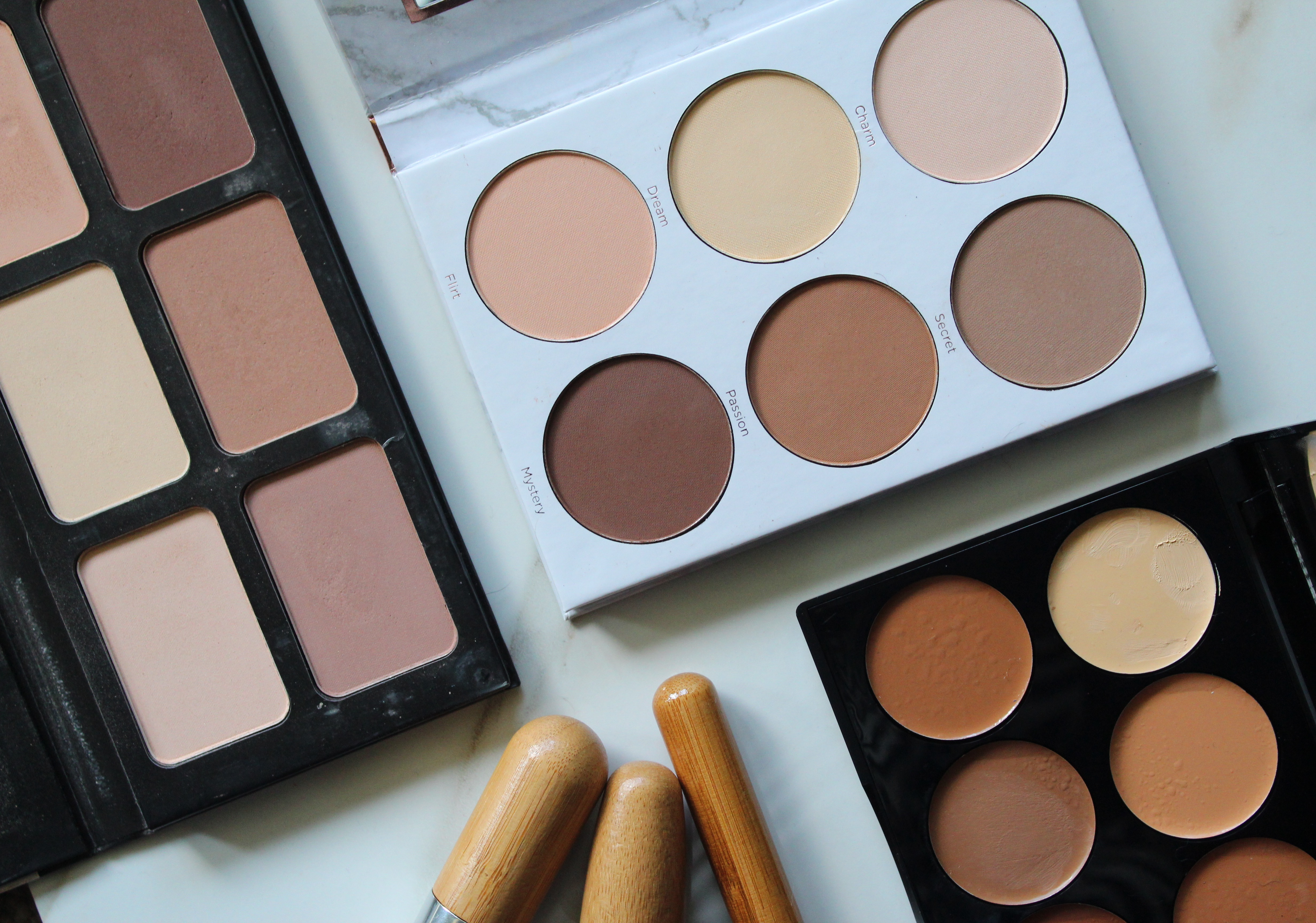 Cream or Powder Contour: Which is Right For You?